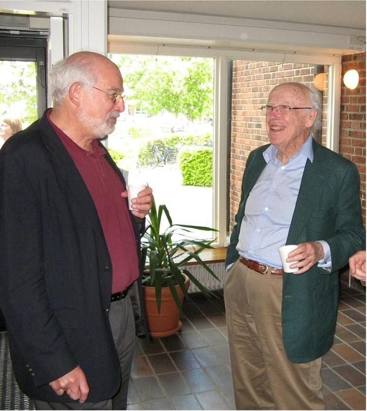 Lawrence Berliner (left) with James Watson who co-discovered the structure of DNA in 1953 with Francis Crick. Photograph provided by Lawrence Berliner.