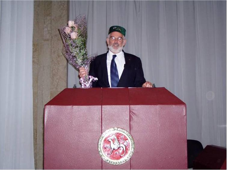 Lawrence Berliner at the Zavoisky Award ceremony in Kazan, the capital of Tatarstan which sponsored the event. This annual Prize ceremony commemorates the contributions made by Yevgeny Zavoisky, from Kazan State University, who is regarded as the father of ESR. Photograph provided by Lawrence Berliner.