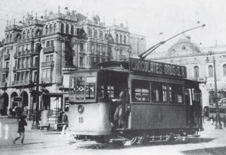 In February 1951, the Barcelona authorities announced a 40% rise in tram fares. Agitation against the rise began immediately. Around 97% of tram users joined the boycott on the first day, and by March 4 this figure had risen to 99%. Several days later the authorities caved and the old fares were reinstated. I was born the 8 of April of that year in Rambla Cataluña unaware that a tram line circulated in both directions.